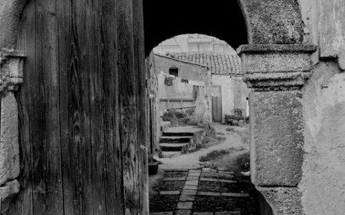 1975 - via Manzoni