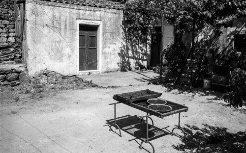 1975 - Cortile via Manzoni