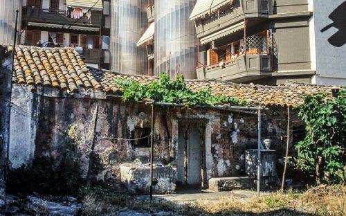 1989 - Cortile via Manzoni